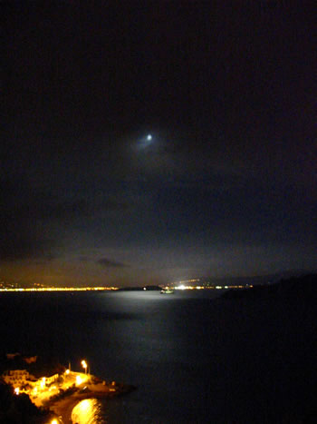 moonrise1.jpg